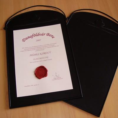 borverseny díja