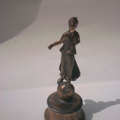 múzeumi másolat Luna szobor